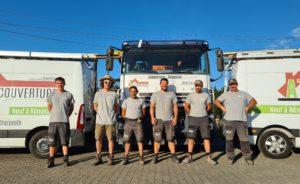 L'équipe de couvreux et dépannage toiture d'AT Couverture au complet ce 01 08 2020 à 68 Pulversheim - haut-Rhin Alsace