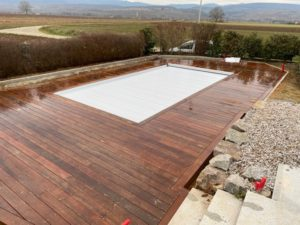 Terrasse autour de piscine en ipe -